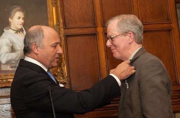 Laurent Fabius awards Robert Morrissey the Legion of Honor
