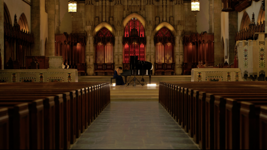 During the November premiere of the SOUND/SITES concert series, pianist and UChicago artist-in-residence Clare Longendyke played music from Schumann and Debussy in Rockefeller Memorial Chapel. Image courtesy of UChicago Presents