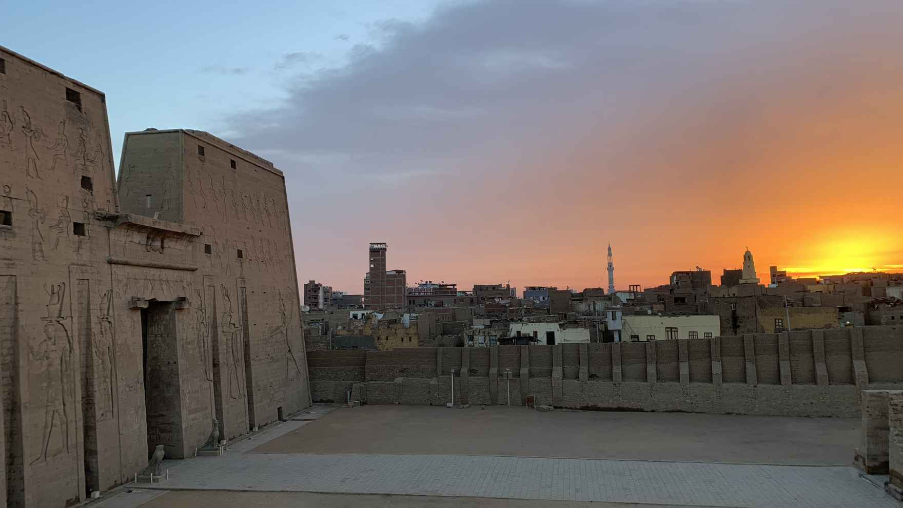 UChicago faculty and students excavate settlement architecture, which offers a glimpse into the daily lives of ancient Egyptians.